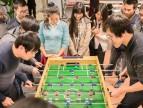 桌上足球赛:游戏人的游戏时光